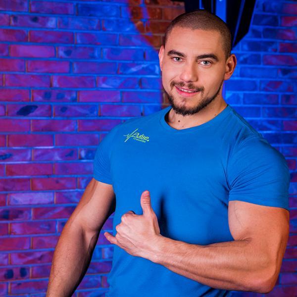 Марио Вътов