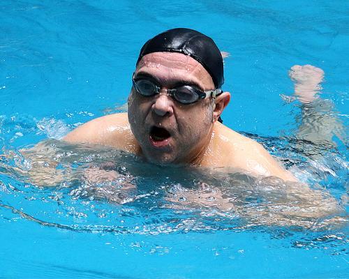 Актьорът Дидо Мачев: Плуването е моят любим спорт! (Видео)