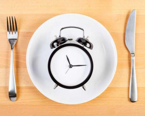Периодично гладуване или Intermittent Fasting: Що е то и как може да ми помогне?