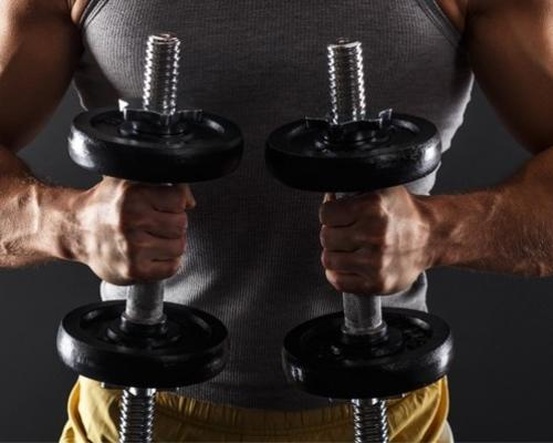 Най-добрите упражнения с дъмбел за всяка част на тялото